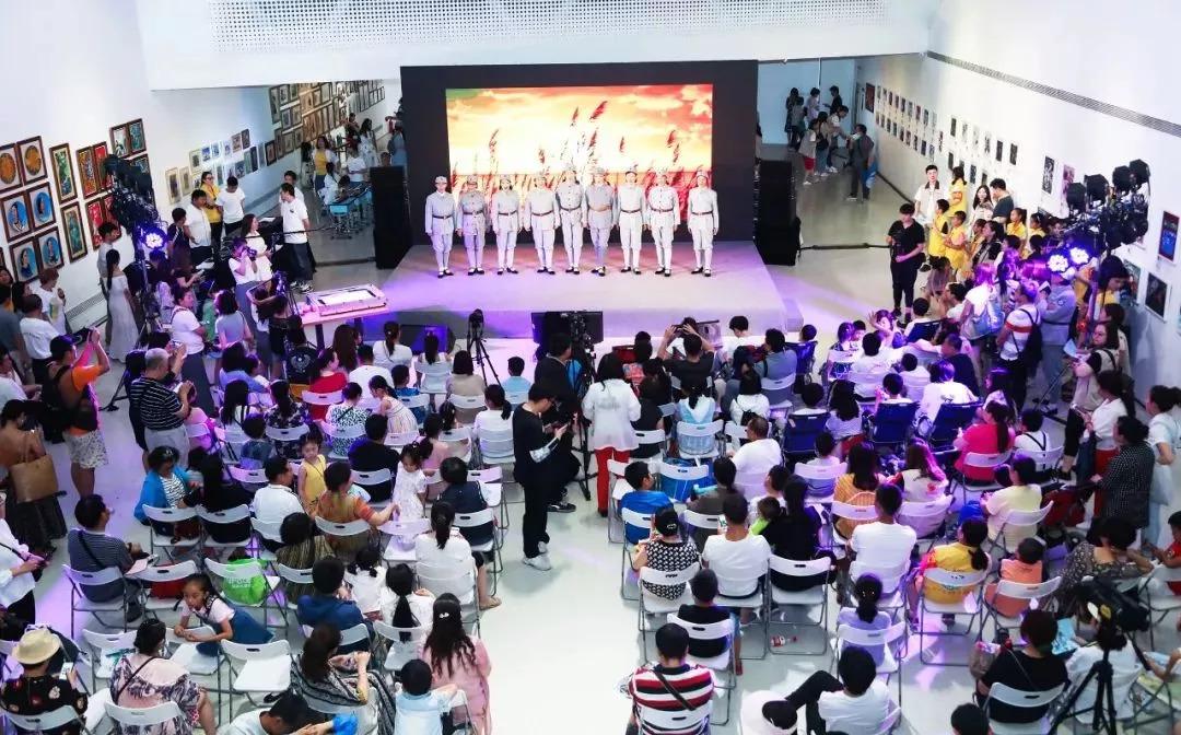悦在童年—2018年798艺术区国际儿童艺术周 | 儿童绘画作品展【开幕现场】