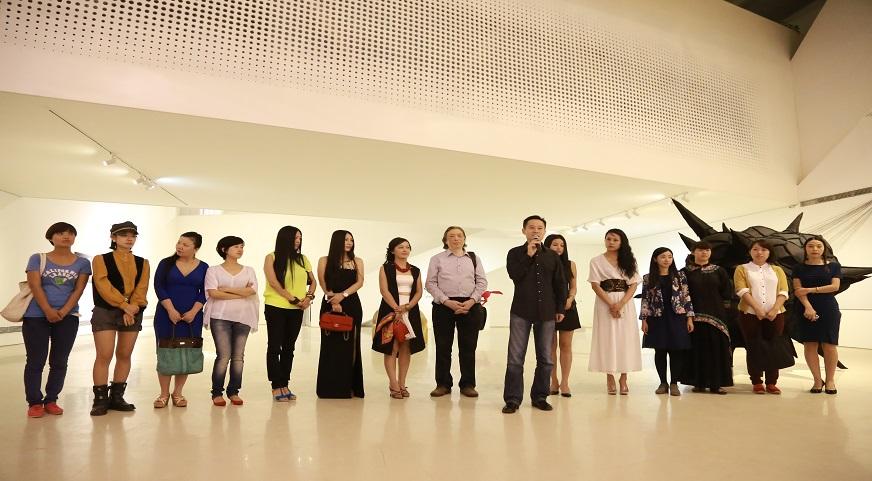 时尚之巅——第二届当代女性艺术邀请展